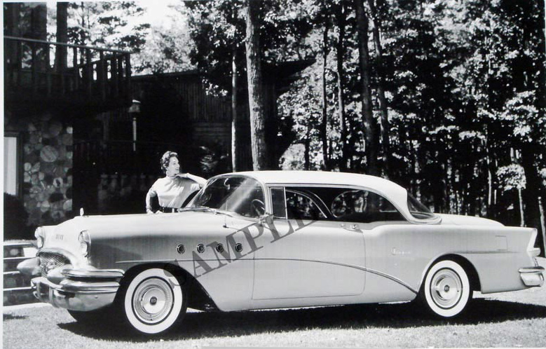 1955 Buick Super 2-Door Hardtop